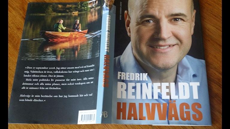 Fredrik Reinfeldt Halvvägs