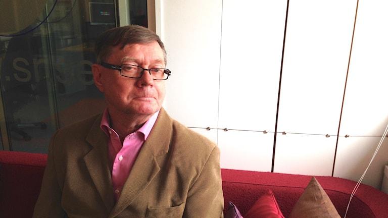 Kirjallisuuden professori Juhani Niemi. Kuva: Marika Pietilä / Sveriges Radio Sisuradio