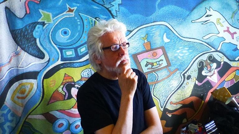 Markku Huovilan taustalla oma työ