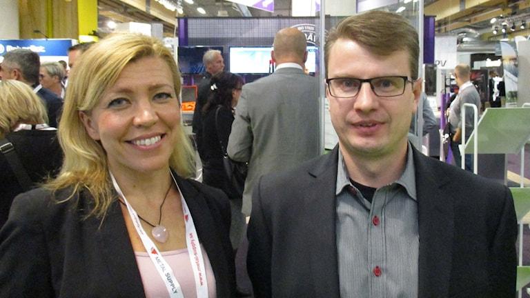 Minna Hämäläinen ja Ari Kettunen, Steelbow OY. Kuva Pekka Ranta, Sveriges Radio.