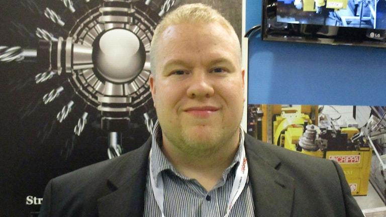 Mika Sorsa on Pro Grinding-yhtiön toimitusjohtaja. Kuva Pekka Ranta, Sveriges Radio.