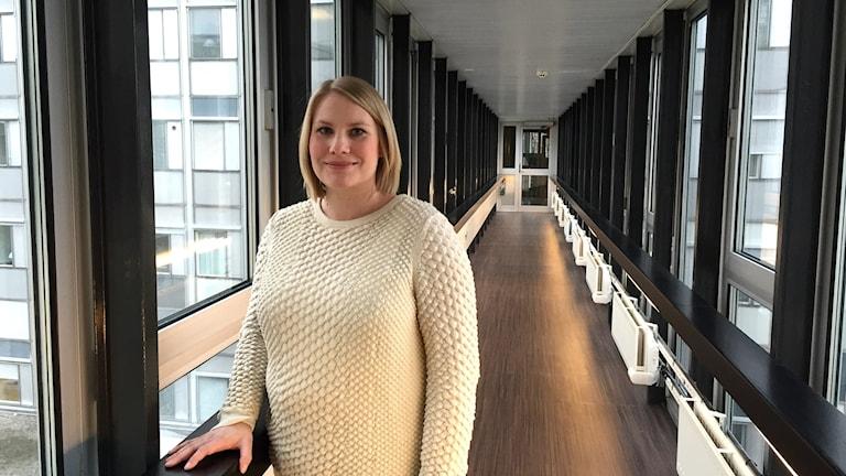 Opettaja ja oppikirjantekijä Tiia Ojala. Kuva: Marika Pietilä / Sveriges Radio Sisuradio