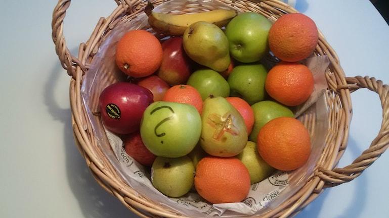 Suuri osa vihanneksista ja hedelmistä eivät ikinä päädy kaupan hyllyile, koska niissä on niin sanottuja kauneusvirheitä.
