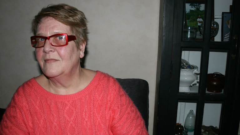 Heljä Drammeh kotona Hjulstassa Kuva: Lina Puranen Sisuradio Sveriges Radio