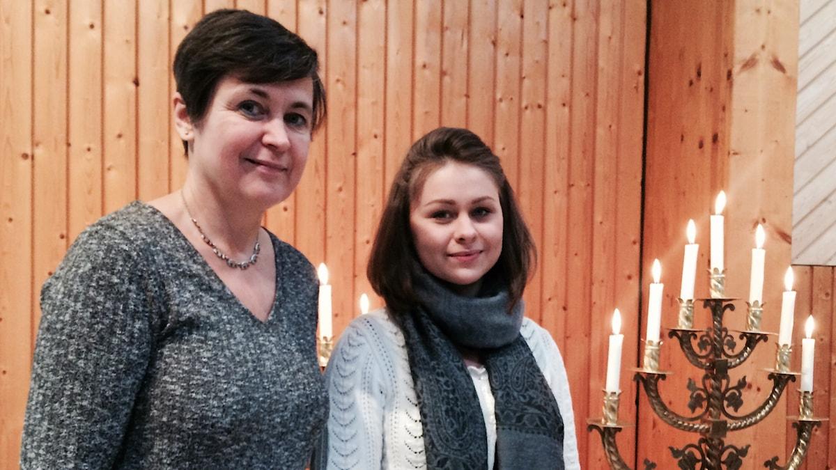 Eya le Wartie ja tyttärensä Annika Olsson esiintyivät yhdessä Gävlen Betlehemkyrkanissa.
