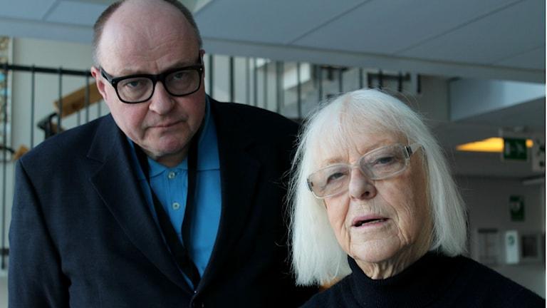 Jorma Ikäheimo ja Birgitta Ulfsson Ruotsin radiossa. Kuva/Foto: Kirsi Blomberg/Sveriges Radio Sisuradio.