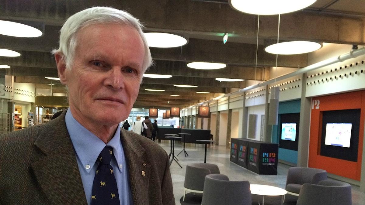 Helsingin yliopiston biokemian professori Carl G. Gahmberg.
