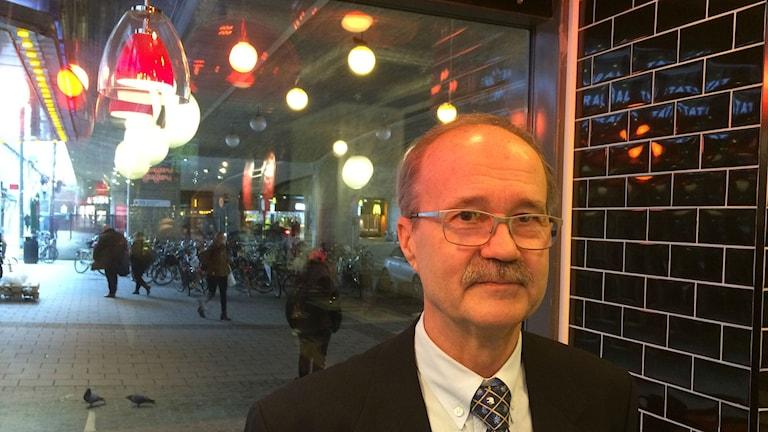 Upsalalainen Mauri Lehtonen sijoittaa osakkeisiin. Kuva/Foto: Jorma Ikäheimo/Sveriges Radio Sisuradio.