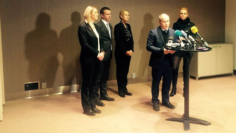 Viiden Pohjoismaan ministerit koolla.