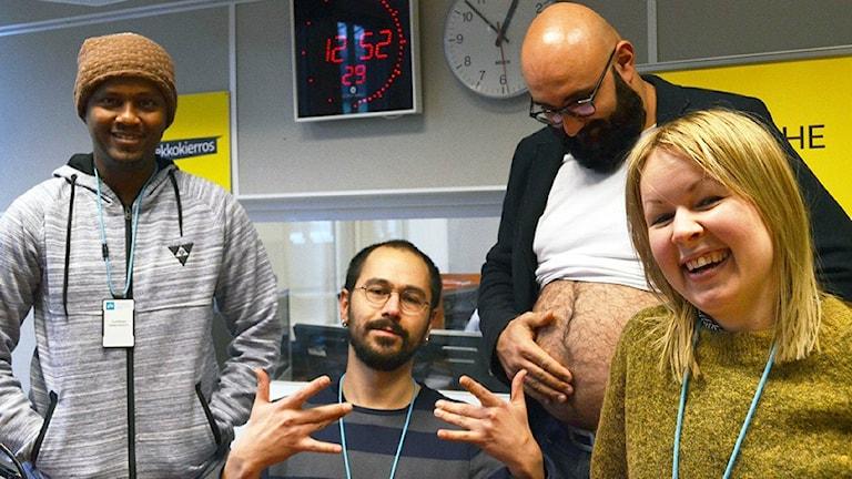 Abdirahim Husu Hussein, Maziar Farzin, Ali Jahangiri maha paljaana ja Lina Puranen Ylen radiostudiossa