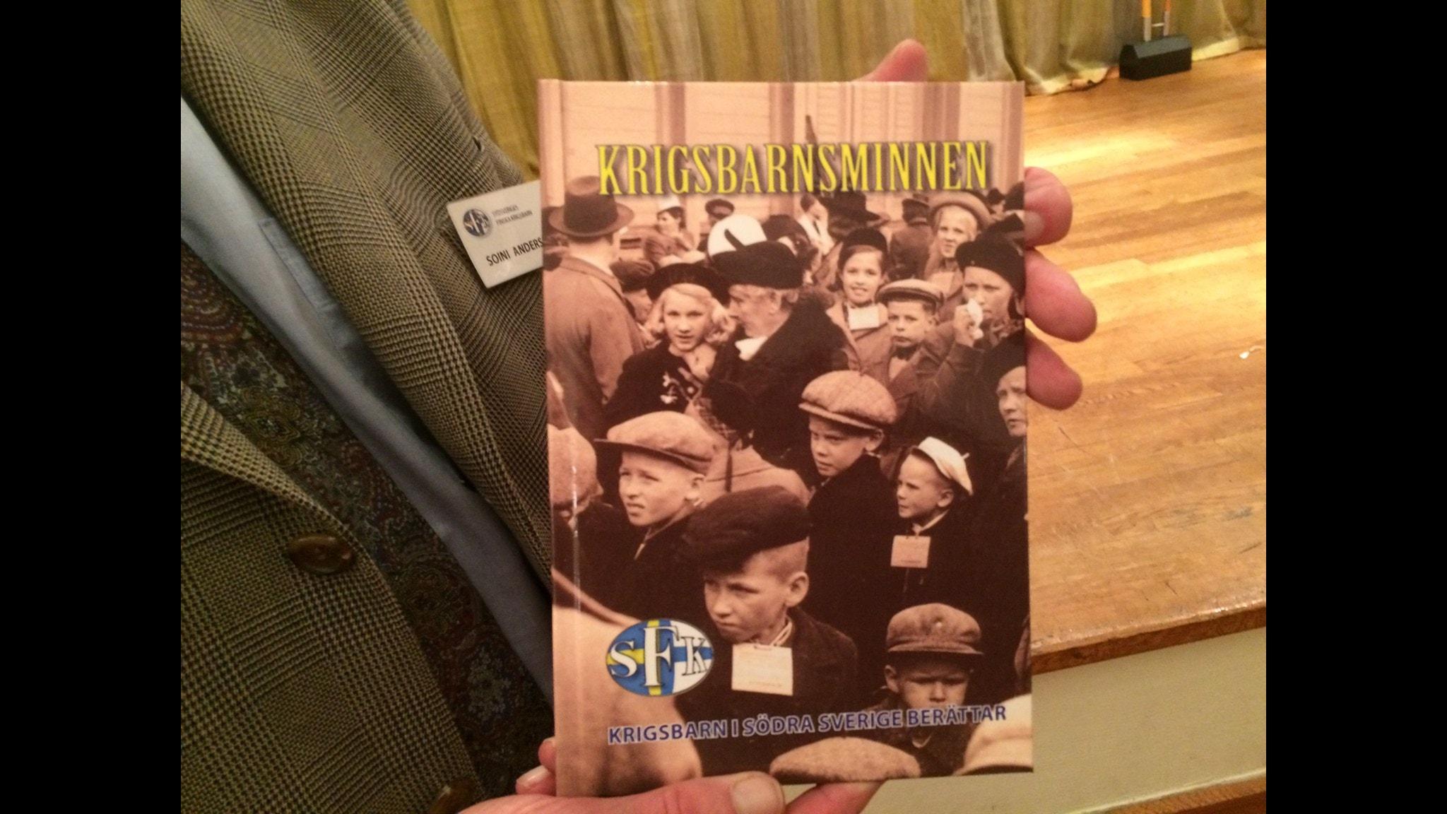 Etelä-Ruotsin sotalsten vasta ilmestyneen kirjan kansi