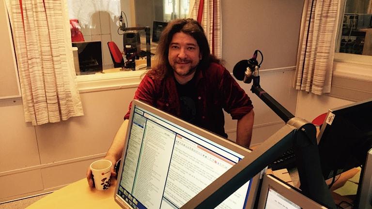 Mikael Parkvall Iltapäivän studiossa.