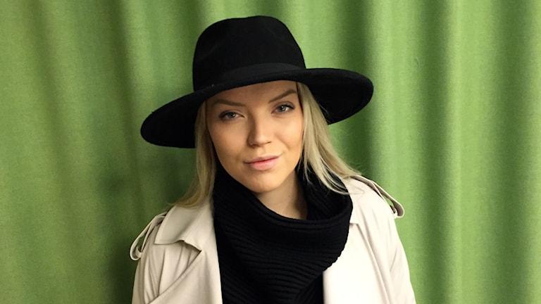 Muotibloggari Linda Juhola Tukholman radiotalolla