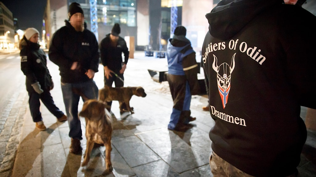 Soldiers of Odin -ryhmäläisiä Norjan Drammenissa.