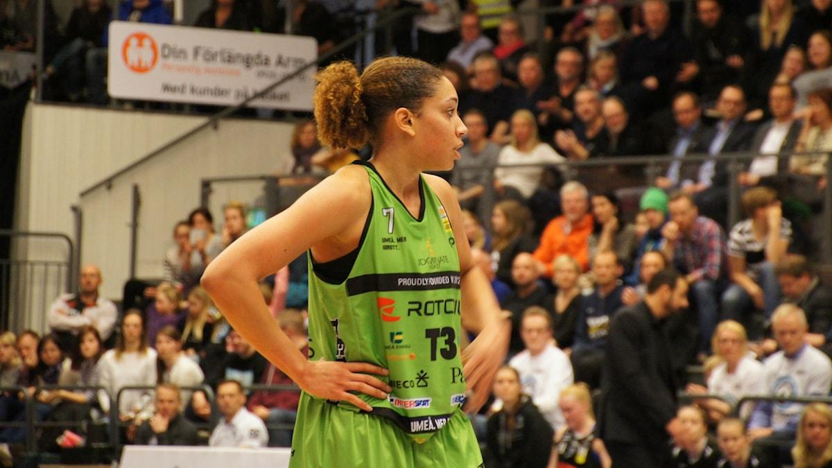 Krista Gross Udominate basket