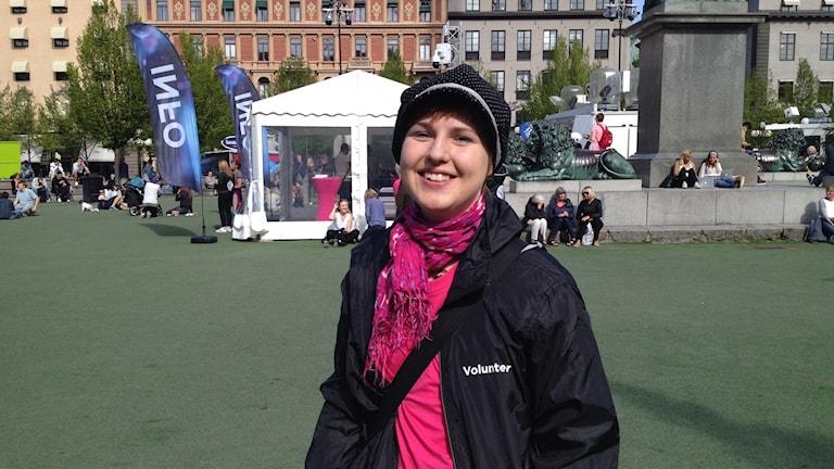 Euroviisujen vapaaehtoistyöntekijä Anna-Josefiina Turtiainen