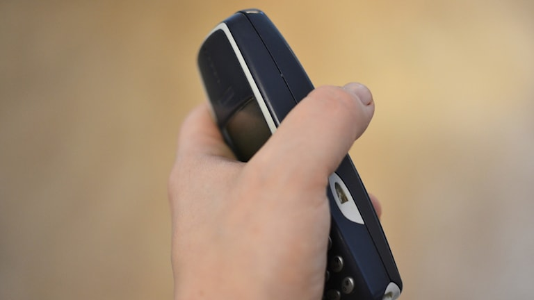 puhelin telefon mobil nokia 3310