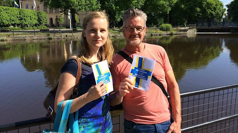 Iso kunta voi oppia pienemmältä ja pieni isolta, vakuuttavat Hallstahammarin hallintoaluetiedottaja Marianna Kiiskilä ja Västeråsin Arto Pajuvirta.