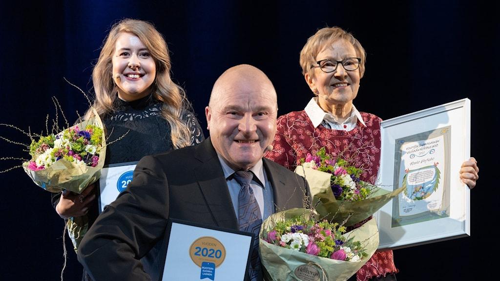 Kollaasi jossa näkyy kaikki kolme voittajaa vuoden ruotsinsuomalaisten gaalassa.