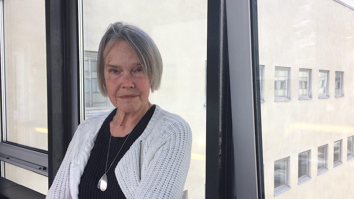 Kirjailija Merete Mazzarella Sisuradiossa.