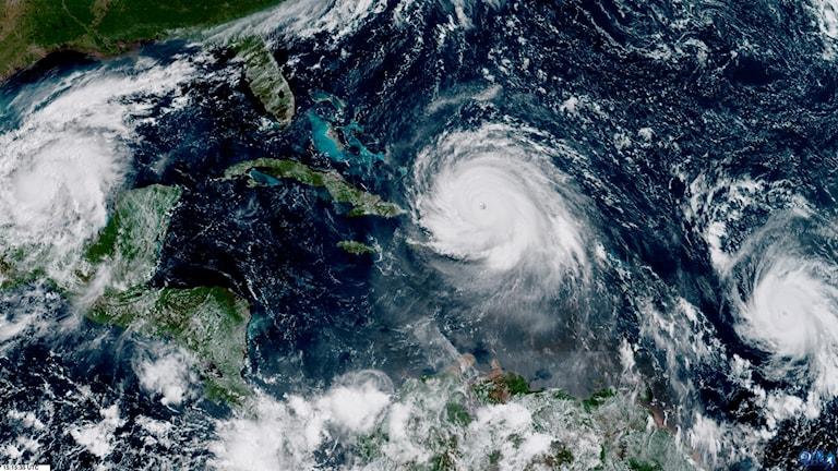 Hirmumyrskyjä, hurrikaaneja kartalla.