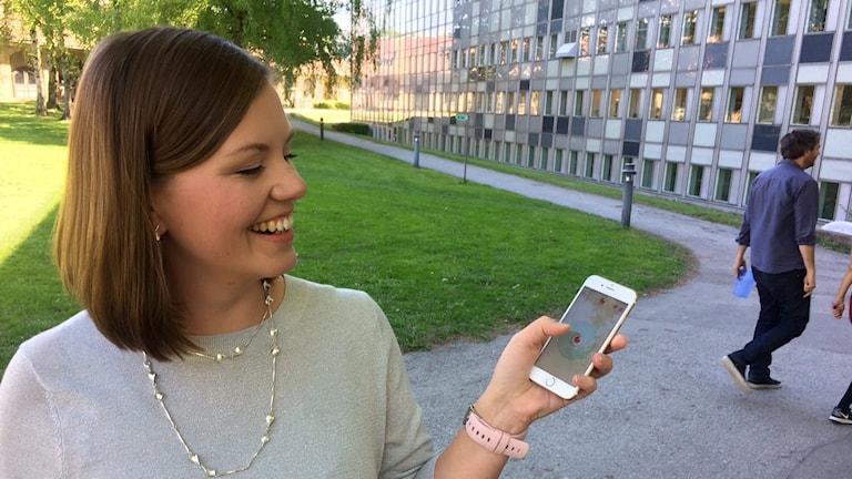 Hanna Lilja on kehittänyt älypuhelinsovelluksen vertaistukea  kaipaaville pienten lasten äideille