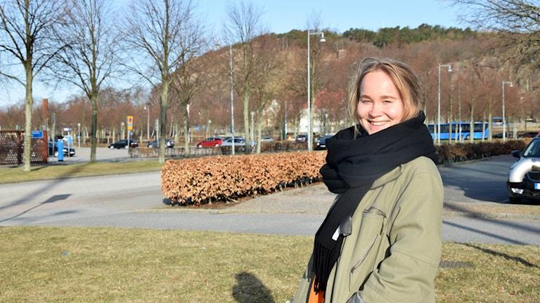 Ella Turta, Ruotsinsuomalaisten nuorten liitto