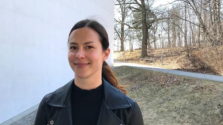 Carolina Stubb tutkii vaikuttajamarkkinointia Tukholman Kauppakoreakoulussa