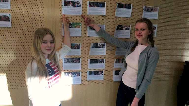 Emma ja Aada Upplands Väsbyn nuorisokahvilassa 22.3.2017