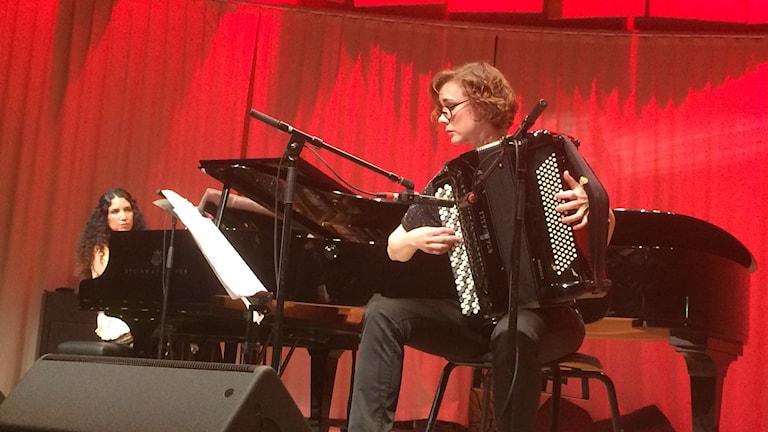 Pianisti Tanja Naranjo ja accordeonisti Minna Weurlander