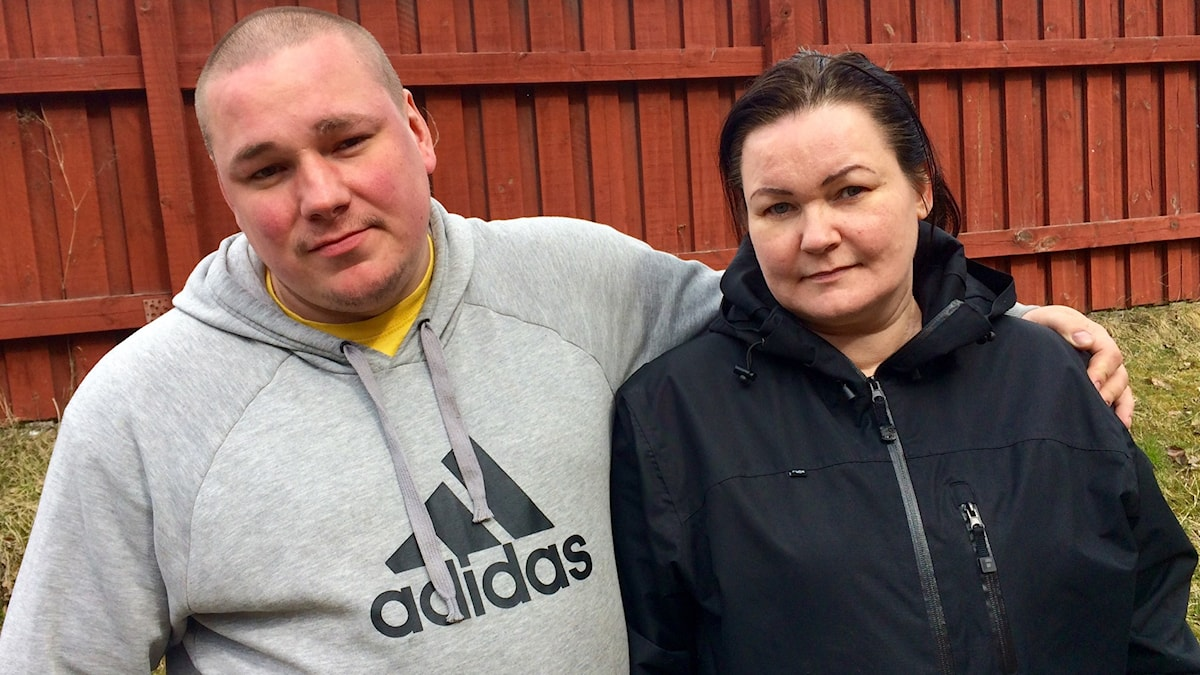Jari ja Anita Harjula ovat viisivuotiaan Caspianin vanhemmat.