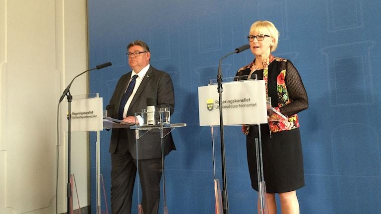 Ulkoministerit Timo Soini ja Margot Wallström