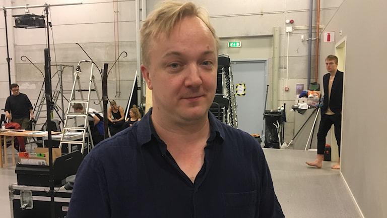 Ohjaaja ja sirkustaiteilija Maksim Komaro