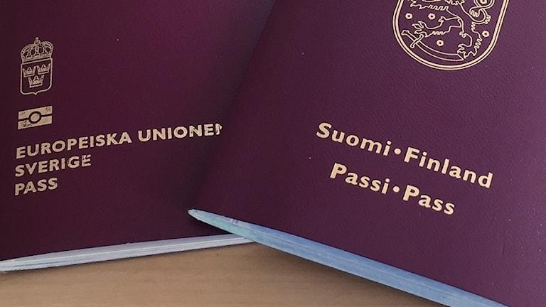 Ruotsin ja Suomen passit