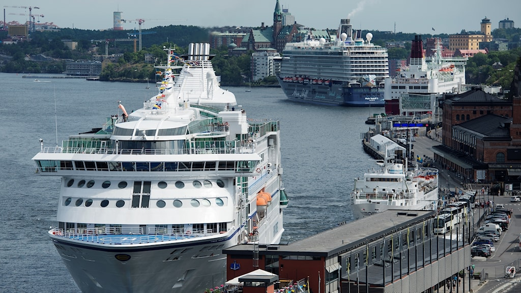 laivoja Tukholman Stadgårdskajenilla