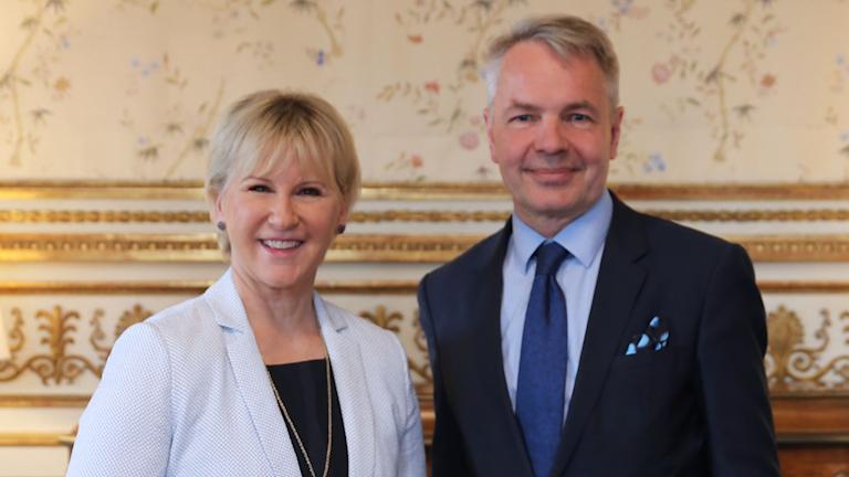 Sveriges och Finlands utrikesministrar Margot Wallström och Pekka Haavisto.