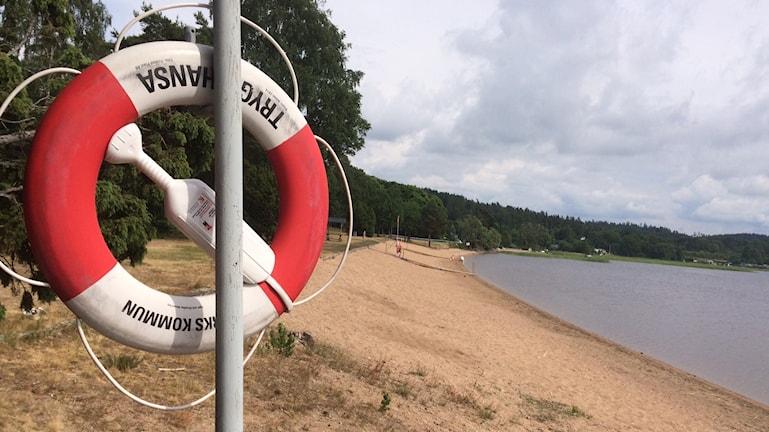 Pelastusrengas ja ranta