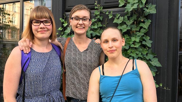 Kolme Nordjobb-töissä olevaa nuorta Tanskassa.