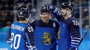 Kuvassa Suomen joukkueen pelaajia