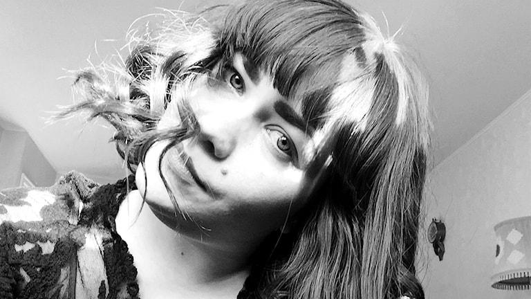 Göteborgilainen muusikko-taiteilija Nadja Itäsaari