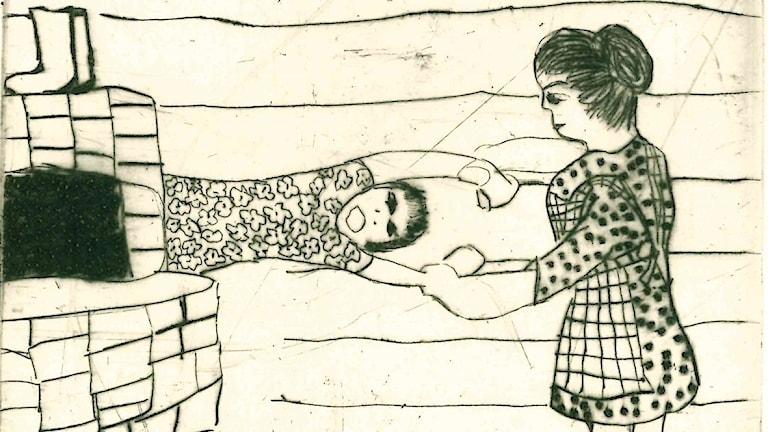 """Kuvassa on mustavalkoinen etsaus, jossa äiti vetää tytärtään pois uunin takana olevasta piilopaikasta. Kuva: Kristyna Muller/ Thelma Paananen """"Gömstället"""""""