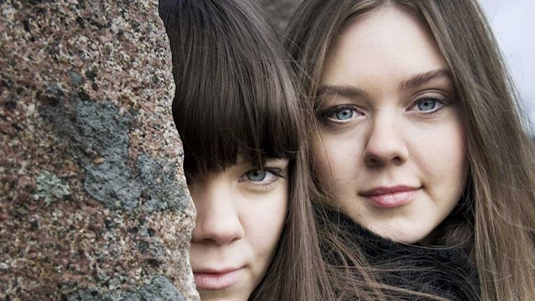 First Aid Kit. Johanna och Klara Söderberg. Klara till vänster. Foto: Malin Hoelstad / Scanpix