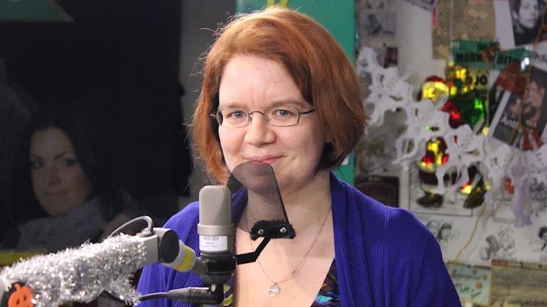 Malin Sandström, fysiker och vetenskapsskribent som matexperimenterar med oss Foto: Isabel Eriksson/Sveriges Radio