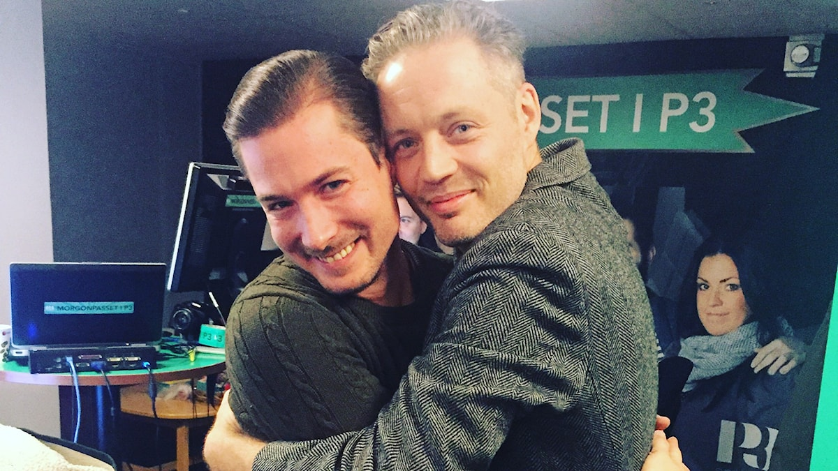 David och hans mancrush Micke Lindgren myyyyser. Foto: Paulo Saka/SR