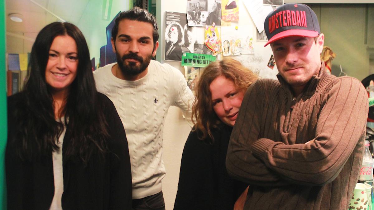 Martina, Peshraw Azizi, Hanna och David (som är lite frussen). Foto: Paulo Saka/SR