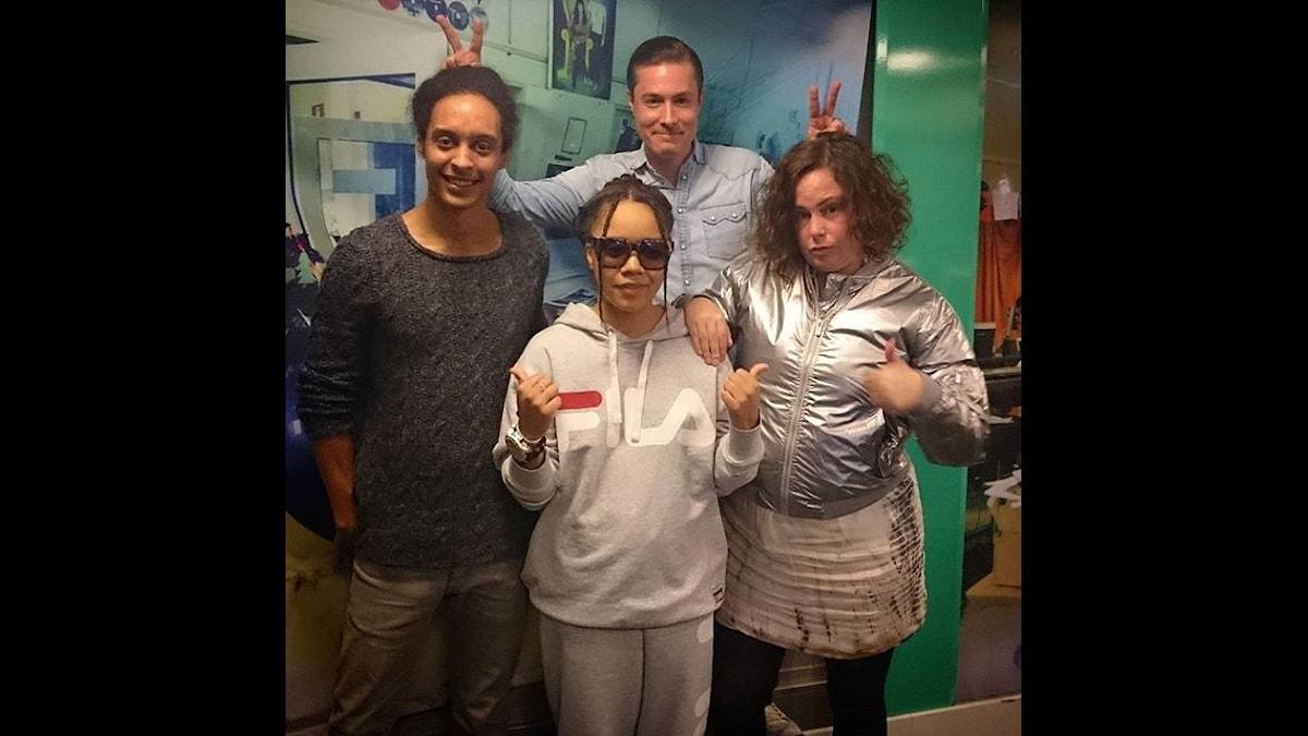 Vi hänger med regissören Nikeisha Andersson. Foto: Isabel Eriksson/Sveriges Radio