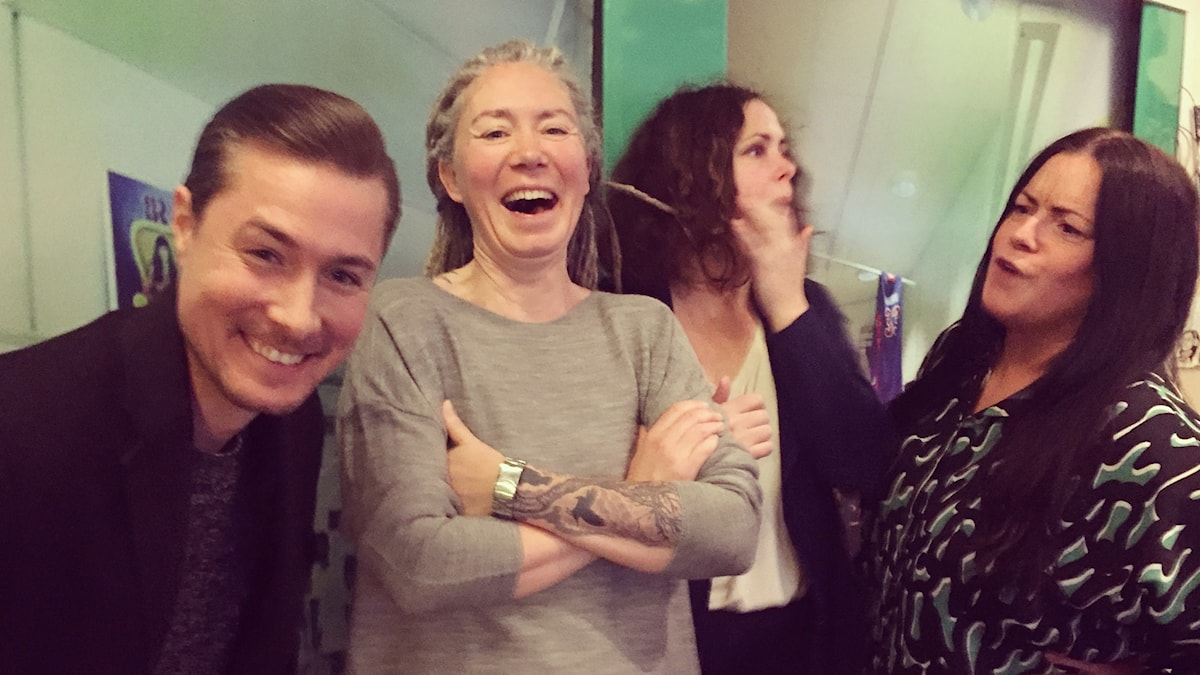 David, Misse Wester, Hanna och Martina efter att David dragit ett opassande skämt!