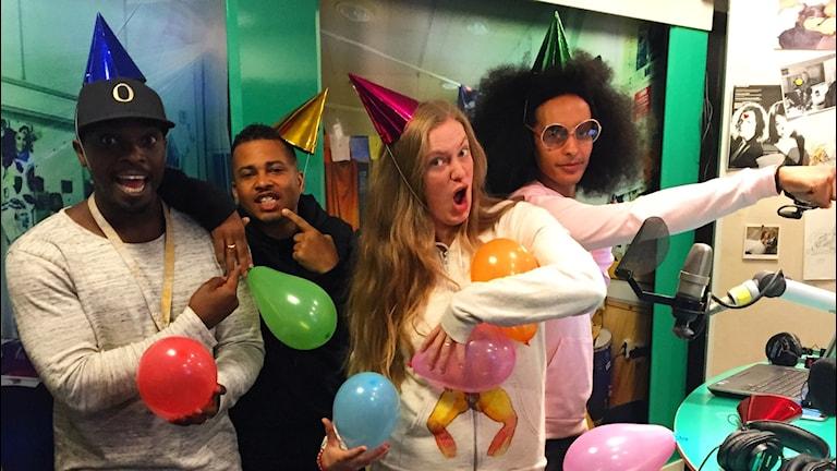 Kodjo, Erik Lundin, Sara och Victor firar Eriks födelsedag idag!