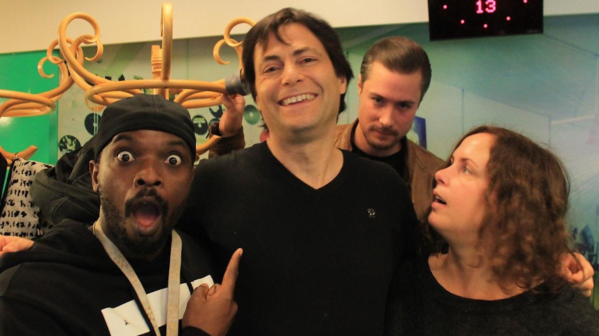 Kodjo, Max Tegmark, David och Hanna.