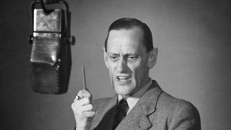 fylla 1 år dikt Radioklassikern Dagens dikt fyller 80 år   Pressinformation  fylla 1 år dikt
